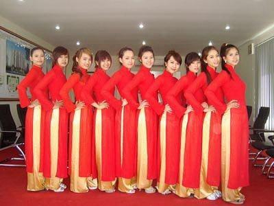 dịch vụ may áo dài đồng phục cho nhân viên nhà hàng khách sạn