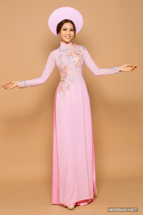 Màu hồng- màu của tình yêu khi may áo dài cưới