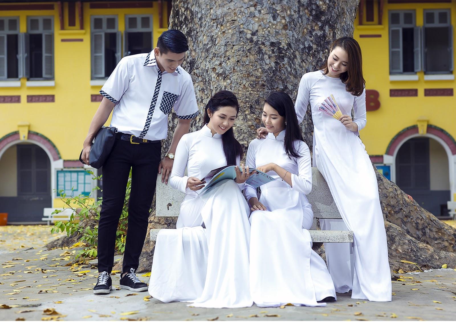 May áo dài đồng phục cho học sinh